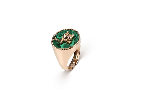 CÉDILLE Frog Torsade Malachite Ring front view.