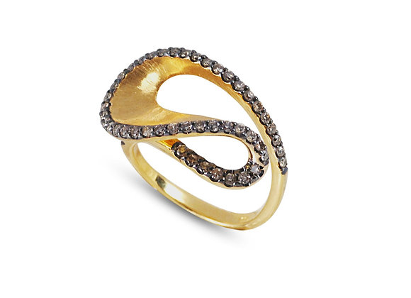 KAVANT & SHARART Talay Wave Ring front view.