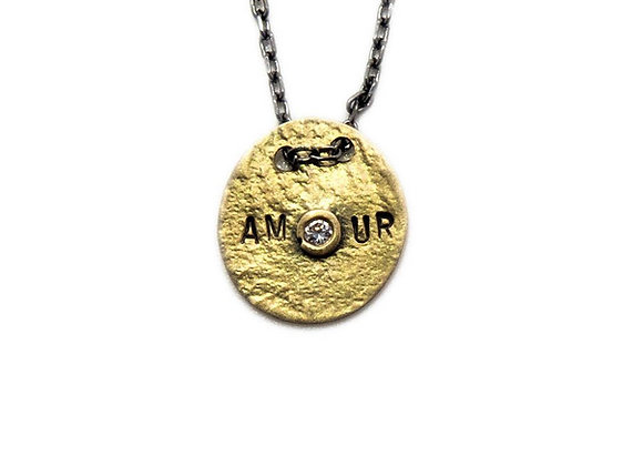 Saiki amour necklace diamond front view