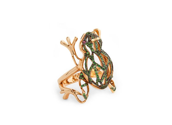 CÉDILLE Frog Ring side view.