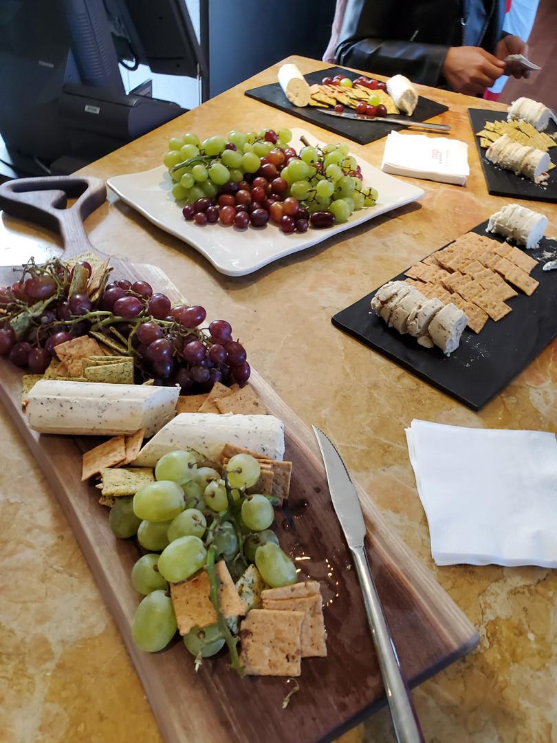 Merci à VegNature pour les bons fromages végétaliens!