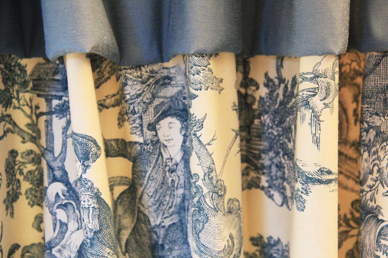 motif-decoratif-chambre-bleue-Metairie-d