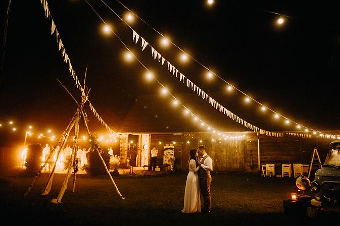Zdjęcie wykonane podczas wesela pary młodych ludzi