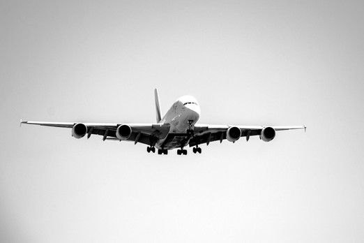 plane-1001290_1920_edited.jpg