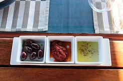 """<img src=""""greek appetizers.png"""" alt=""""greek olives, greek olive oil and tomato paste"""">"""