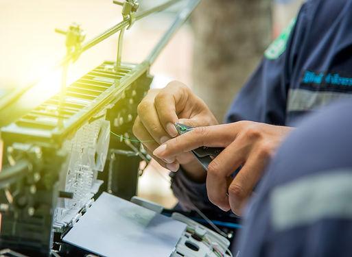 Technicians are install cabinet on fiber