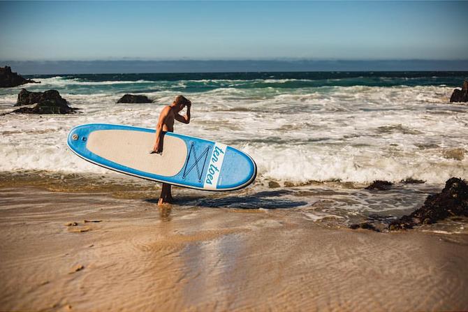 6 raisons de louer et amener un SUP gonflable lors de votre prochain voyage