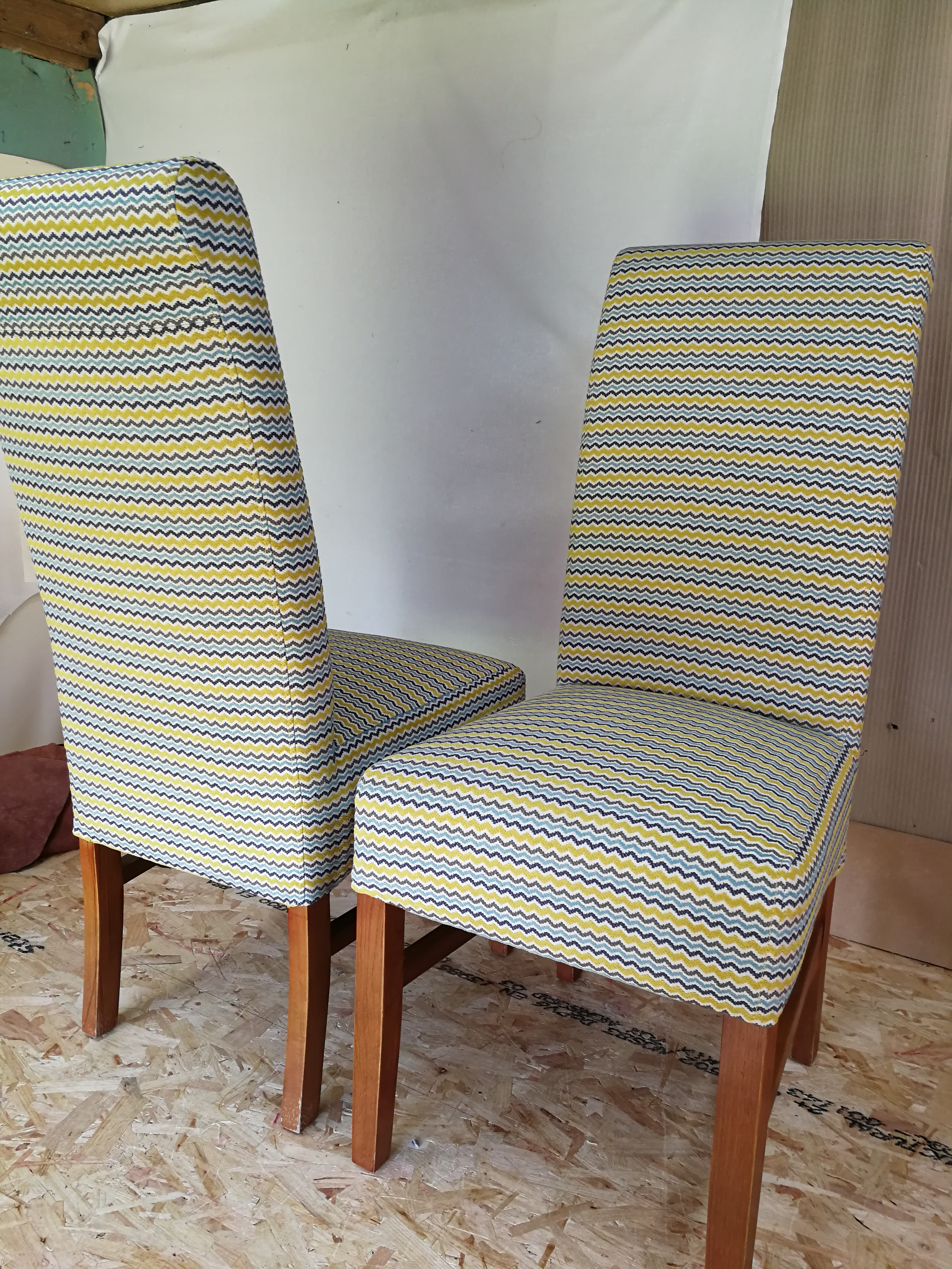 Dining chairs striped