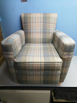 Romo arm chair