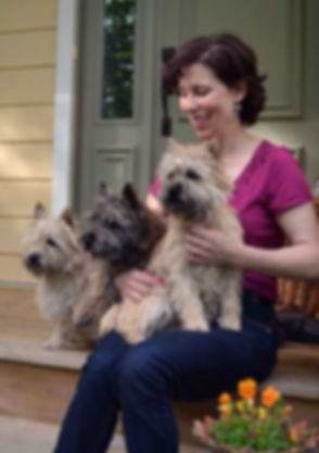 gaelen-and-pups.jpg