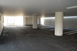 1F駐車場.JPG