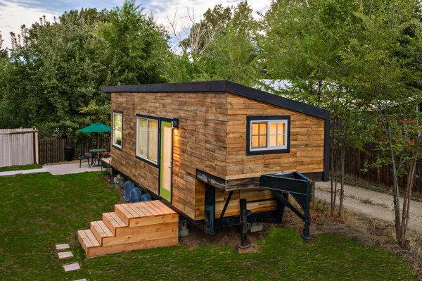 stunning-tiny-house-custom-built-goosene