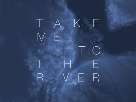 Videoduto na exposição Take Me To The River