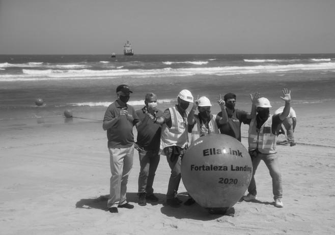 56 - ELLALINK - Praia do Futuro.jpg