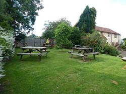 Butterleigh Inn - pub garden
