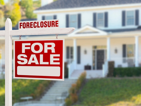 What happened to foreclosures after federal moratorium ended?