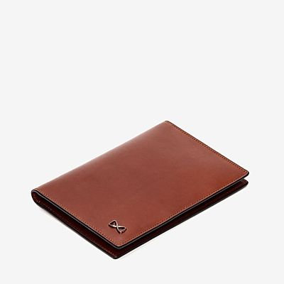 Trafalgar Cortina RFID Passport Case