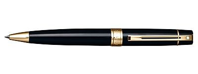 Sheaffer 300 Black with Gold Trim Ballpoint