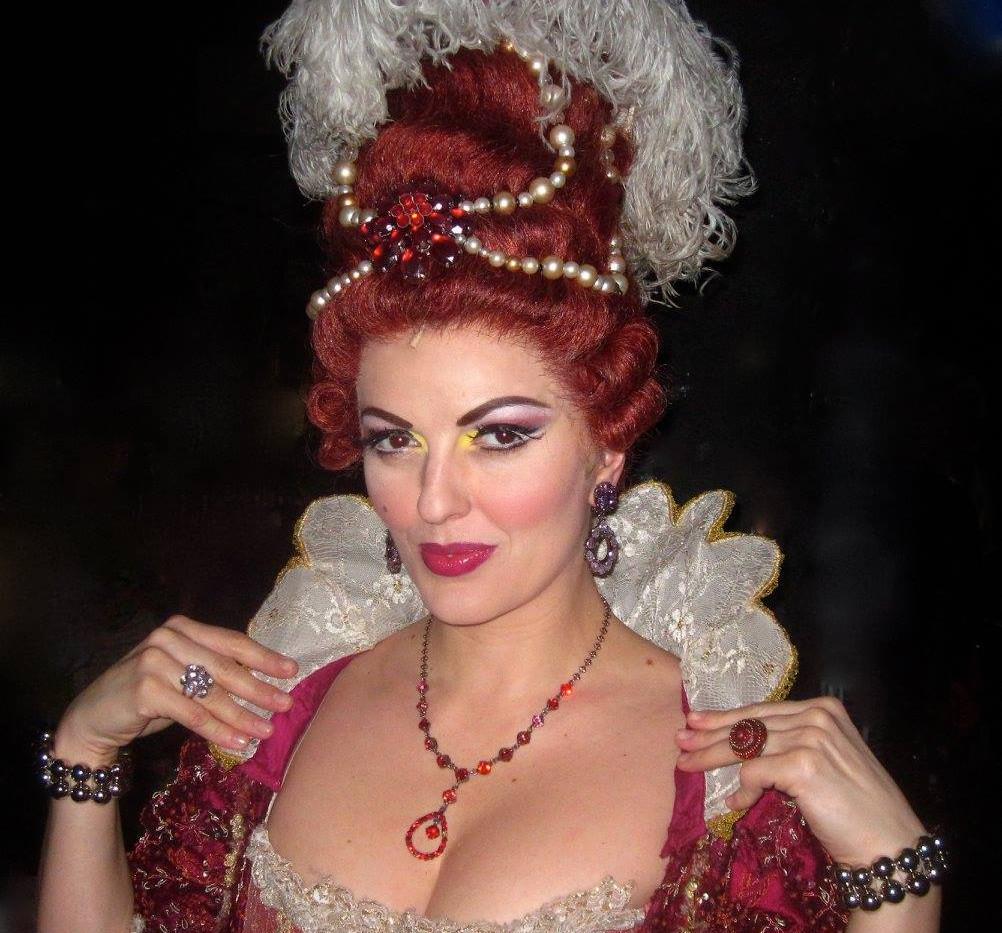 Madame de la Grande Bouche.jpg