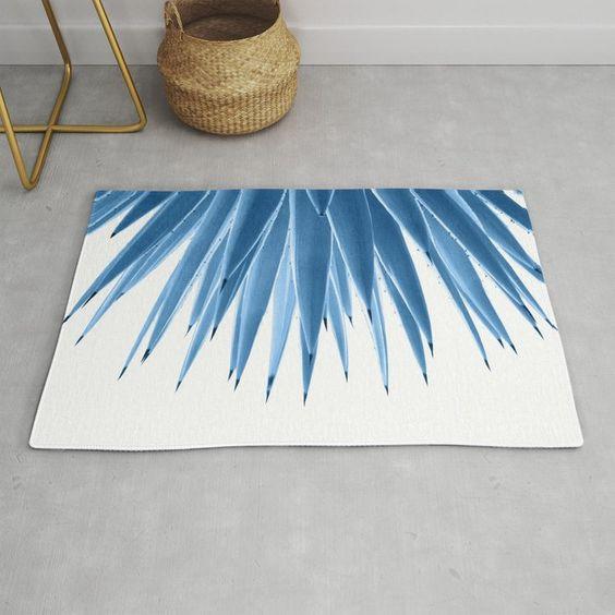 Tấm thảm tuyệt đẹp màu Xanh cổ điển, họa tiết đơn giản