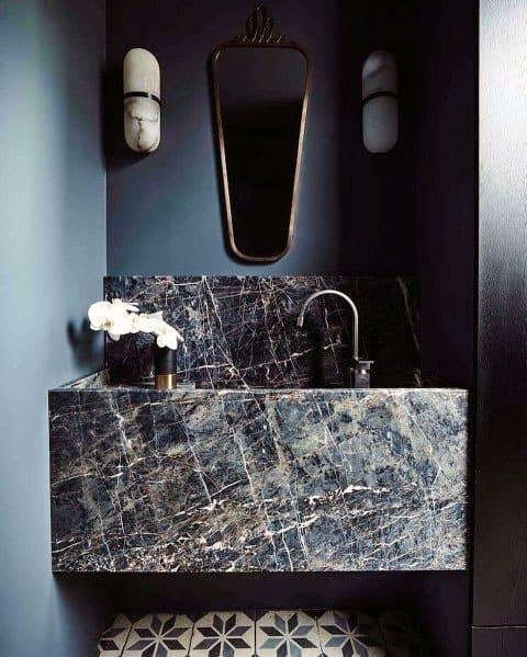 Màu xanh cổ điển làm cho phòng tắm trở nên sang hơn