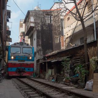 Hanoi Train Street IG2 (1 of 1).jpg