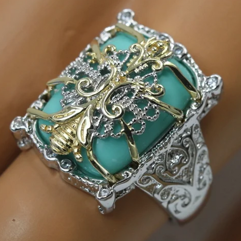 Ring, Turquoise in 18K YG Silver and Platinum