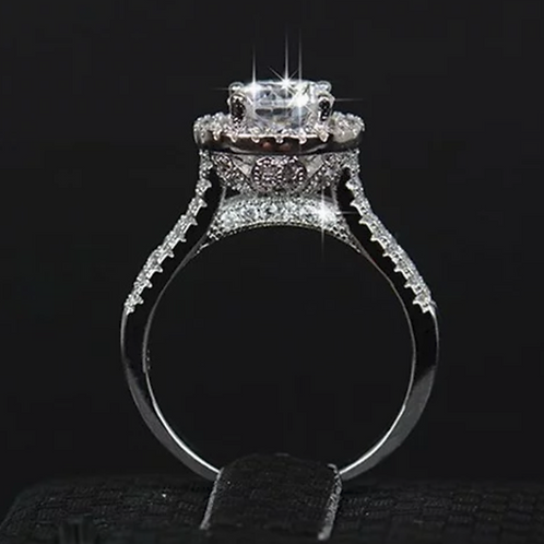 Classic Style Engagement Ring