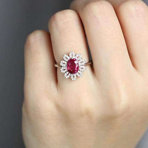 Vintage engagement,  Ruby and Diamond Ring 14WG