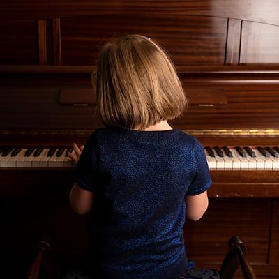 Piano Moore Family