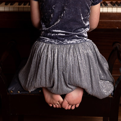 Piano 15-15 Laura