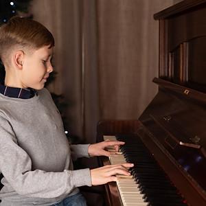 Piano - 11:45 Andrea