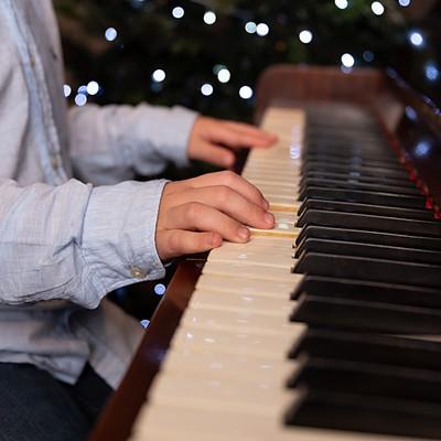 Piano - 14-30 Vinny
