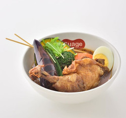 CHICKEN LEG-HONETSUKI