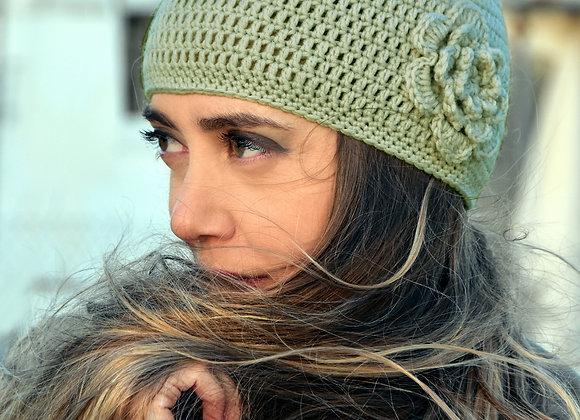 Crochet hat with flower in sage green, cloche hat beanie, fascinator for women
