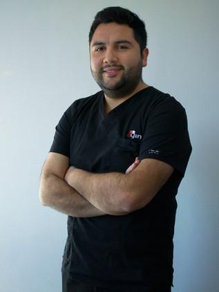 Dr. Rodrigo Daza