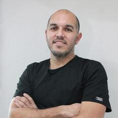 Dr. Cristian González Torres