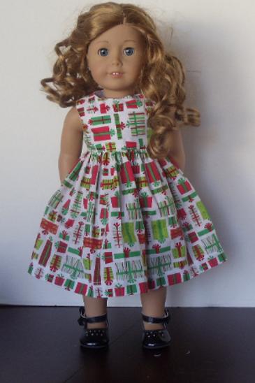 Pretty Presents Dress for 18 inch Dolls