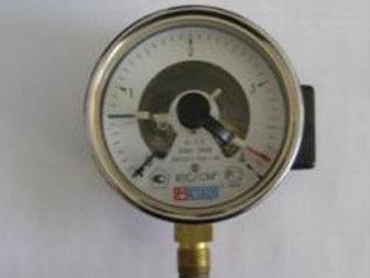 Манометр с демпфером ДМ02-М-100-1М-4 кгс/см.кв
