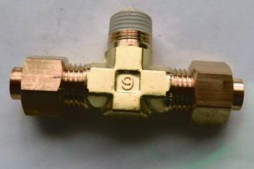 Тройник резьбовой угловой 6R1/8 КFT06B-01S