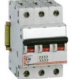 Выключатель автоматический S 303 B16