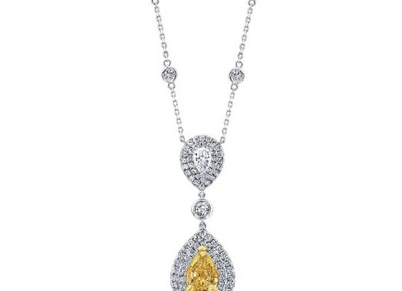 18K PEAR SHAPE DIAMOND NECKLACE WITH YELLOW DIAMOND