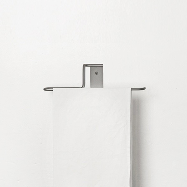 Towel rail nº9 by Elmar Thome
