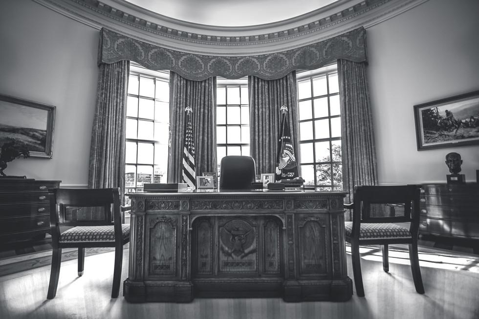 The Resolute Desk-ATX Portraits-Personal Work.jpg
