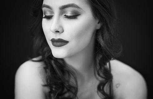 Women's-Beauty-Portraits-Austin.jpg
