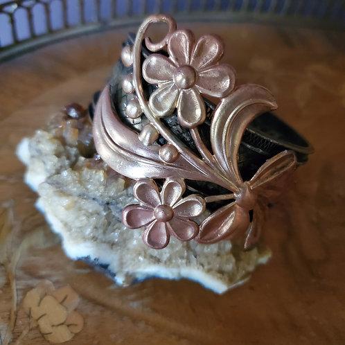 Fun with Flowers  Vintage Bracelet