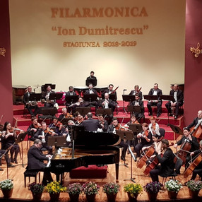 During the concert in Rm. Valcea