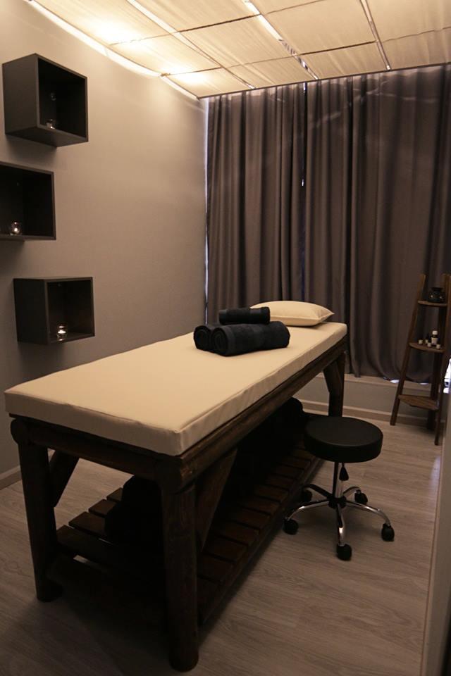 The spot Massage (6).jpg
