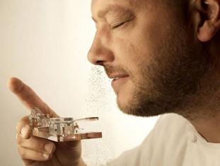 A polêmica moda de cheirar chocolate