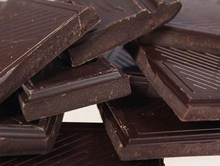 8 benefícios do chocolate amargo